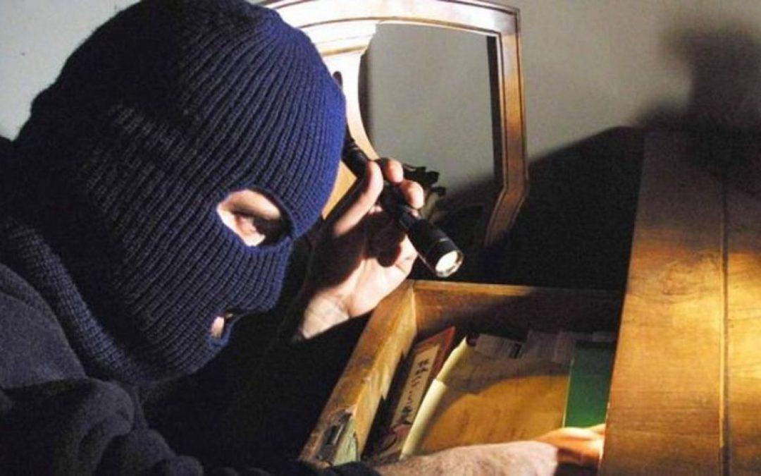 Furti intrusioni e aggressioni domiciliari notturne